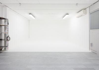 Affitto studio fotografico a Milano con sala posa bianca